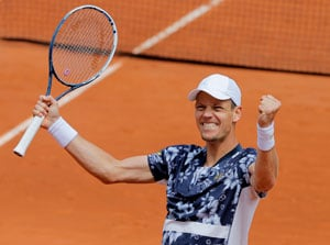 French Open: John Isner Goes Down to Tomas Berdych