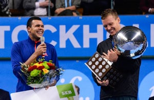 Tomas Berdych clinches Stockholm title, boosts London bid
