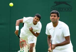 French Open: Mahesh Bhupathi-Rohan Bopanna crash out, Leander Paes sails into 2nd round