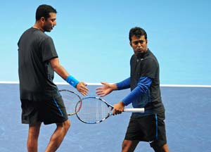 Tennis row: Sports ministry refuses to intervene; Paes gets association's backing