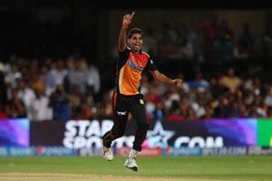 Sunrisers Hyderabad Stay in Hunt for IPL Playoff Berth Courtesy Bhuvneshwar Kumar, Dale Steyn