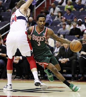 Bucks trounce Wizards 112-98