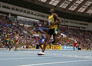'False start' fails to unsettle Usain Bolt, on track to recapture 100m title at world athletics
