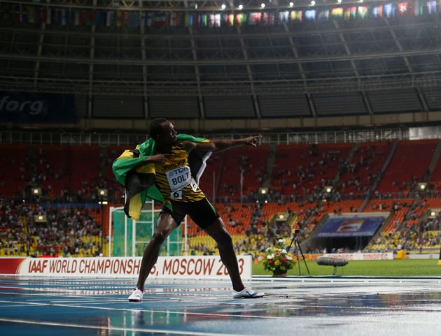 Usain Bolt regains 100m title at World Athletics in emphatic style
