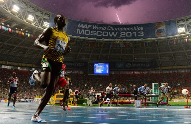 Photograph of Usain Bolt, lightning together goes viral