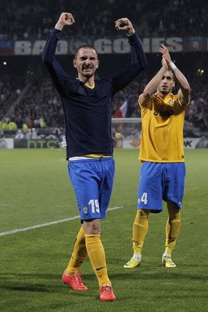 Europa League: Leonardo Bonucci's strike gives Juventus victory, Basel thrash Valencia