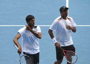 Bhupathi-Bopanna reach quarterfinal round of Dubai Open