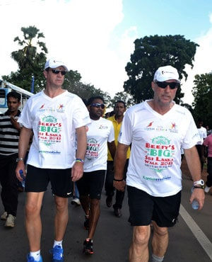 Ian Botham completes 'greatest' walk in Sri Lanka