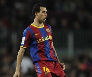 Guardiola relieved about Busquets' minor injury