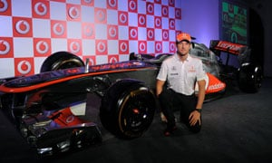 Jenson Button hopeful McLaren will be back on track in 2014 season
