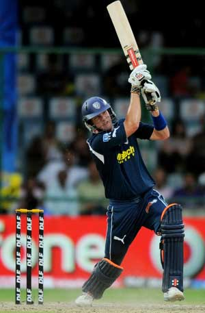 IPL 2012: Deccan Chargers bank on batting, fresh faces