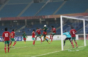 Nehru Cup: Cameroon beat Maldives 3-1, set up final with India