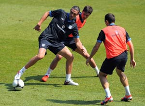 Andy Carroll to start for England against Norway