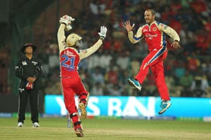 IPL 2013: Bangalore vs Mumbai - Statistical highlights