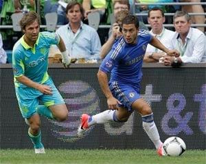 Lukaku scores 2, Chelsea beats Sounders 4-2