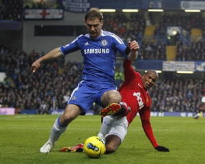 Chelsea, United wage war for a 3-3 draw