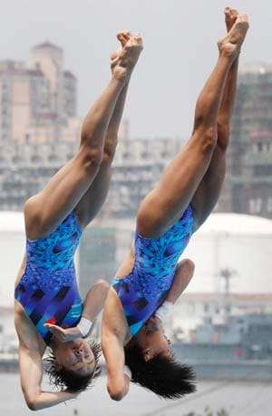 China continues to dominate in diving event