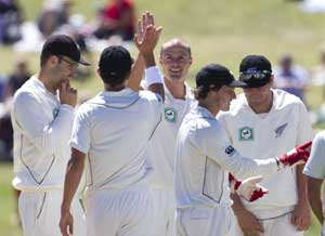 New Zealand rout Zimbabwe by record margin