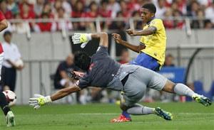 Arsenal beat Japanese side Urawa Reds 2-1 in preseason friendly