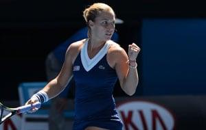 Australian Open: Dominika Cibulkova beats Simona Halep to enter semis