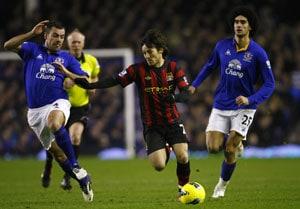 Everton beat Manchester City 1-0 with Darron Gibson goal