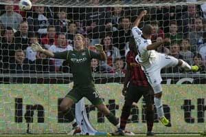 Swansea stun Manchester City 1-0