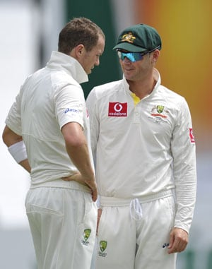 Second-innings fragility leaves Australia in a bind