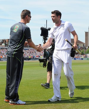 The Ashes: Michael Clarke defends 'arm break' sledge, sees no animosity with England