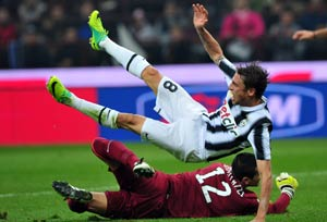 Juventus heap misery on Inter with a 2-1 win