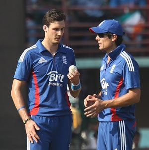 MS Dhoni's hitting at the death made all the difference, says Alastair Cook