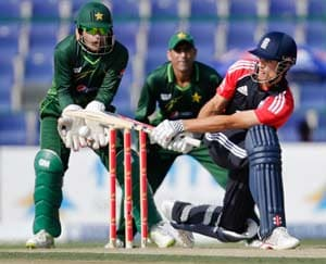 Finn, Cook dish out England win over Pakistan