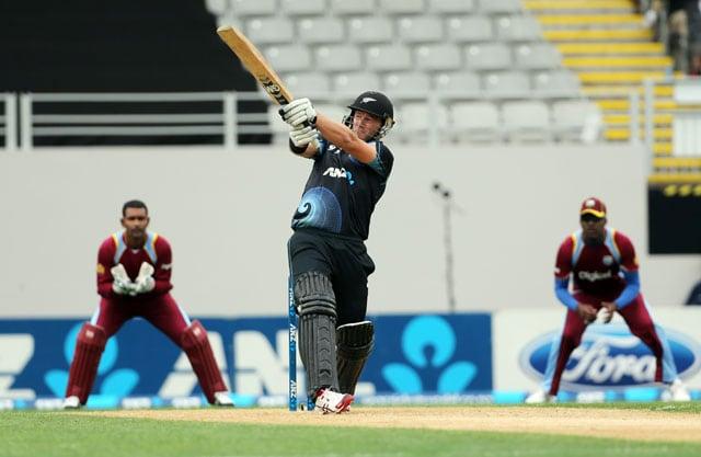 New Zealand's Corey Anderson slams fastest ODI ton