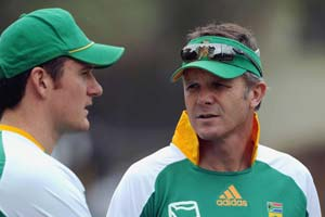 Proteas begin hunt for new coach