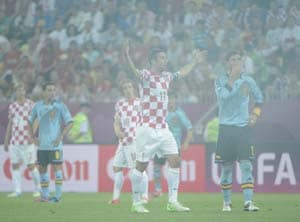 Euro 2012: Croatia risk UEFA wrath again over fans behaviour