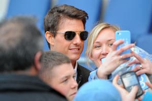 Tom Cruise adds Hollywood stardust to Manchester derby