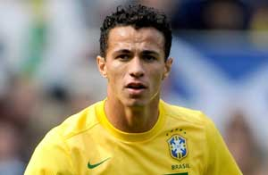Leandro Damiao poised for Tottenham move