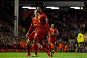 Premier League:  Nervy Liverpool F.C. stay in strong title contention, beat Sunderland