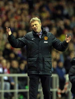 Sunderland condemns Manchester United to third straight loss