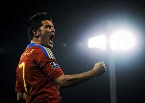 Spain to leave space for David Villa until last minute