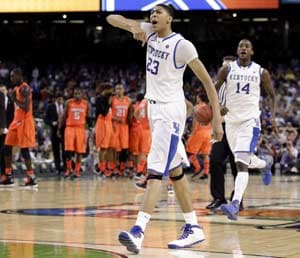 Kentucky off to title game, beats Louisville 69-61