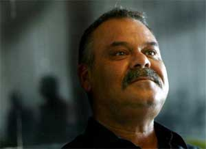 Whatmore arrives in Pakistan for coach talks