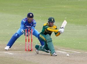 Quinton de Kock second South African to score successive tons against India