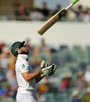 AB de Villiers wary of record-chasing Australians