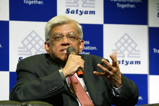 HDFC chairman Deepak Parekh to assist Sunil Gavaskar in IPL 2014 matters