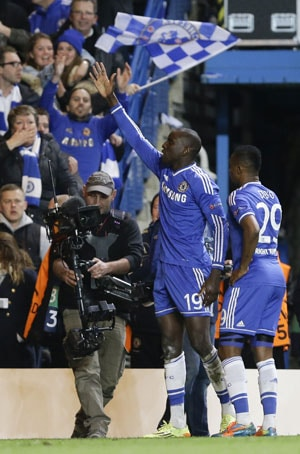 Chelsea F.C.'s Demba Ba left with mix feelings after scoring winner