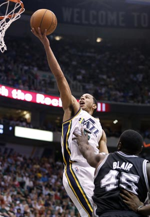 Jazz end star-less Spurs
