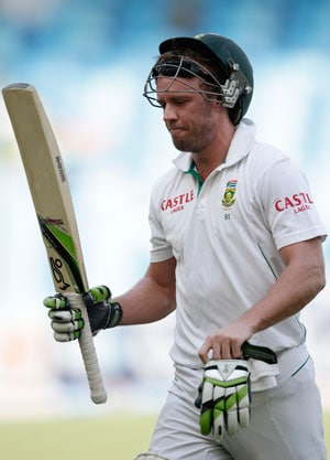 We don't cheat, says AB de Villiers