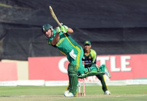 AB de Villiers feels pressure over South Africa batting