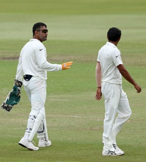 MS Dhoni's team lacked killer instinct in South Africa: Sunil Gavaskar