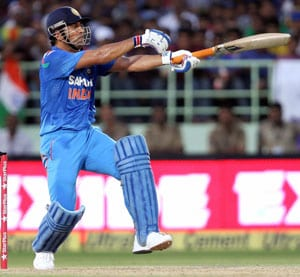 New Zealand vs India: MS Dhoni first captain to feature in four tied ODIs